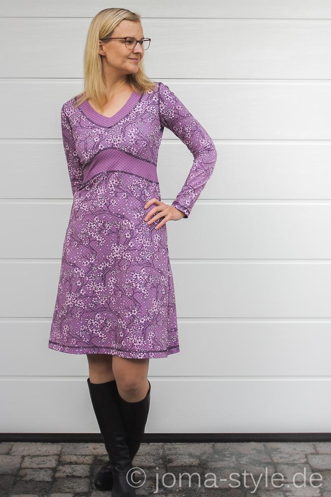 With Love from Tokyo von Stoff & Liebe zu einem Ottobre-Kleid vernäht --> genäht von JOMA-style.de