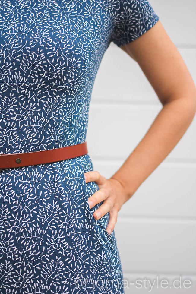 Sensitive blau von Lillestoff - Schnitt von Rosa P. --> JOMA-style.de